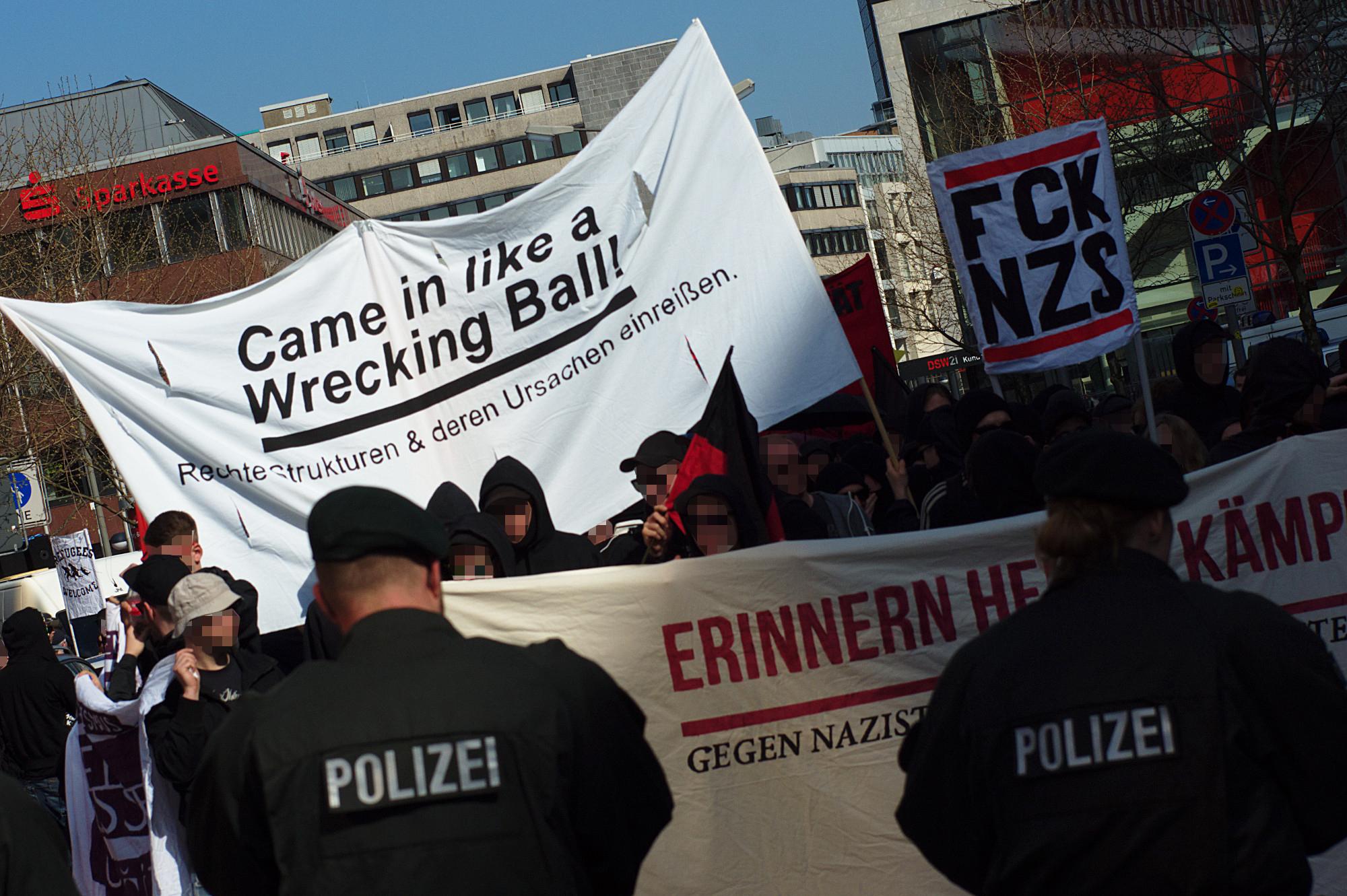 Antifa-Demo nach Dorstfeld